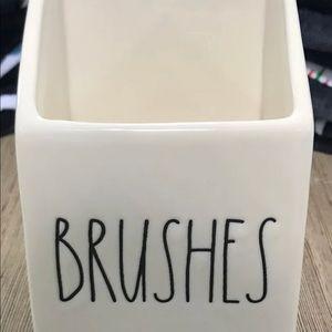 Rae Dunn brushes